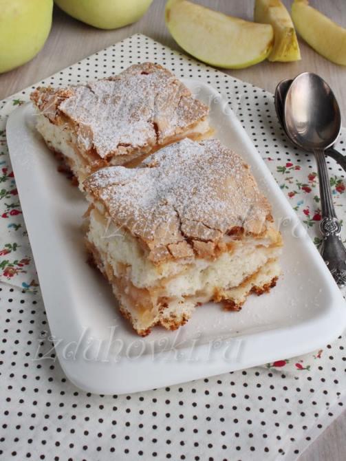 Как приготовить пирог шарлотка с яблоками