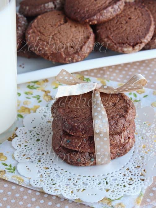 Шоколадное печенье с какао рецепт с фото