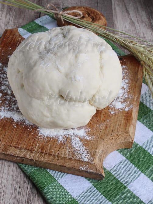 Тонкое тесто для пиццы без яиц