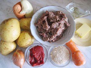 Ингредиенты для запеканки из картофельного пюре