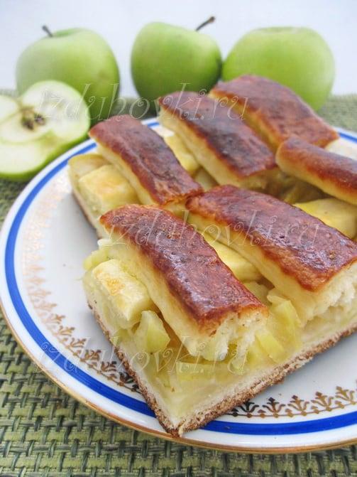 Дрожжевой пирог с яблоками рецепт с фото