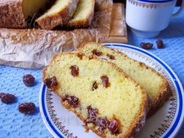 Простой рецепт кекса с изюмом в духовке